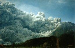 merapi (indonesia- java) eruption et volcanoes